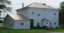 Blaine County, Nebraska courthouse from SE 2.JPG