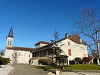 Blis-et-Born église et mairie.JPG