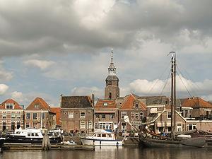 Blokzijl - Image: Blokzijl, zicht op haven met kerktoren foto 9 2013 04 28 16.35