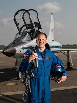 Robert Hines (astronaut) - Image: Bob Hines portrait