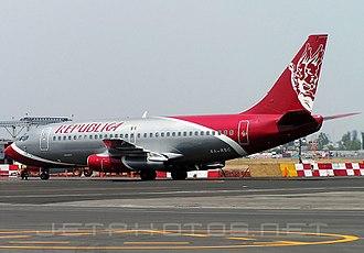 Republicair - A Republicair Boeing 737-277 (XA-RBC) at Mexico City International Airport.