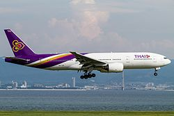Boeing 777-200 (Thai Airways International) HS-TJR (9390451957).jpg