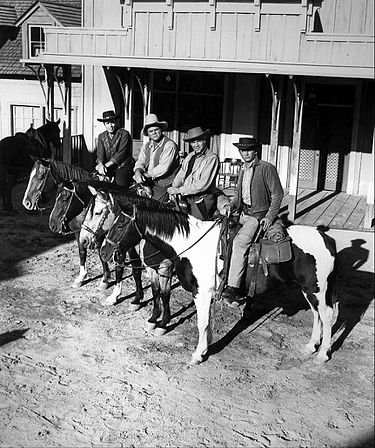 Pernell Roberts, Dan Blocker, Lorne Greene and Michael Landon (1961) Bonanza main cast 1961.JPG