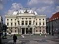 Bratislava-slovenské národné divadlo.jpg