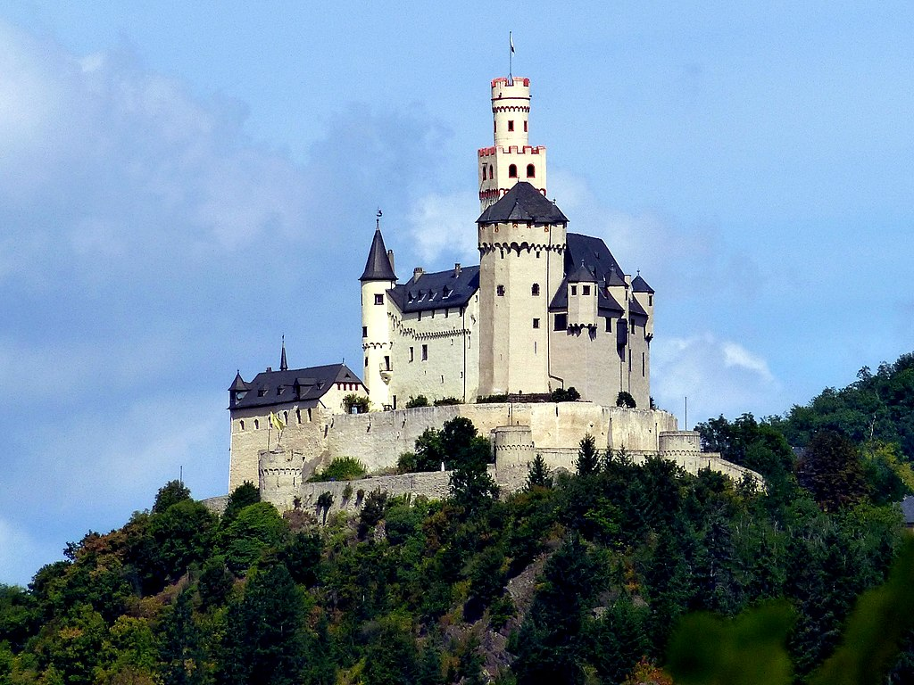 Braubach – Die Marksburg wurde erstmals um 1200-1300 erwähnt - panoramio