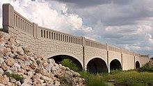 Bridge Over South Fork Brushy Creek on Mel Mathis Blvd.jpg