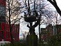 Bronzeskulptur Hexenfahrt (1973) von Gisela Engelin-Hommes in der Naehe des Hexenbergs.jpg