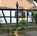 Brunnen an der Burgkirche - panoramio.jpg