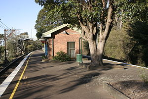 Bullaburra railway station - Eastbound view in September 2007