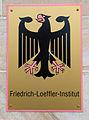Bundesadler, Schild am Friedrich-Loeffler-Institut, FLI, am Eingang Dörnbergstraße in Celle.jpg