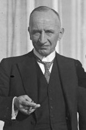 Theodor von Guérard - Karl Theodor von Guérard (1928)
