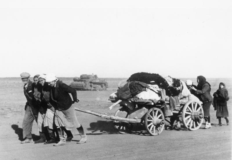 Bundesarchiv Bild 183-J19568, Bei Stalingrad, russische Flüchtlinge
