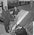 Burgemeester jhr. mr. C. J. A. de Ranitz opende eerste Nationale Beroepsmanifest, Bestanddeelnr 915-1311.jpg