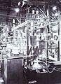 COLLECTIE TROPENMUSEUM Zenderzaal van Radiostation Malabar TMnr 60019340.jpg