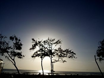 Calangute beach sun going down.jpg