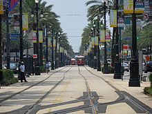 220px-Canal_Street_New_Orleans.jpg