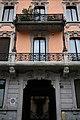 Casa Valli, via Bernardino Zenale, 13, Milano, dettaglio della facciata.jpg