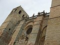 Catedral - Frontal (13179046595).jpg