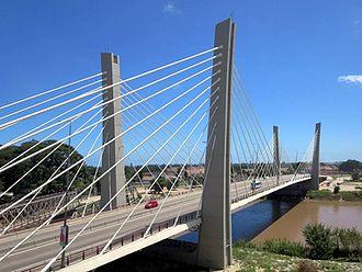 4 de Abril Bridge - Bridge over the Catumbela River