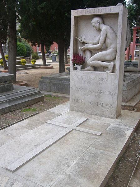 File:Cementiri de Sarrià - tomba de Carles Riba i Clementina Arderiu.JPG