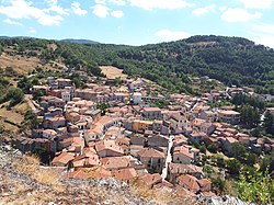 Centro storico Sasso di Castalda.jpg