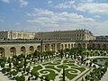 Château de Versailles et orangerie.jpg
