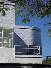 Chateau Nous - Wikipedia