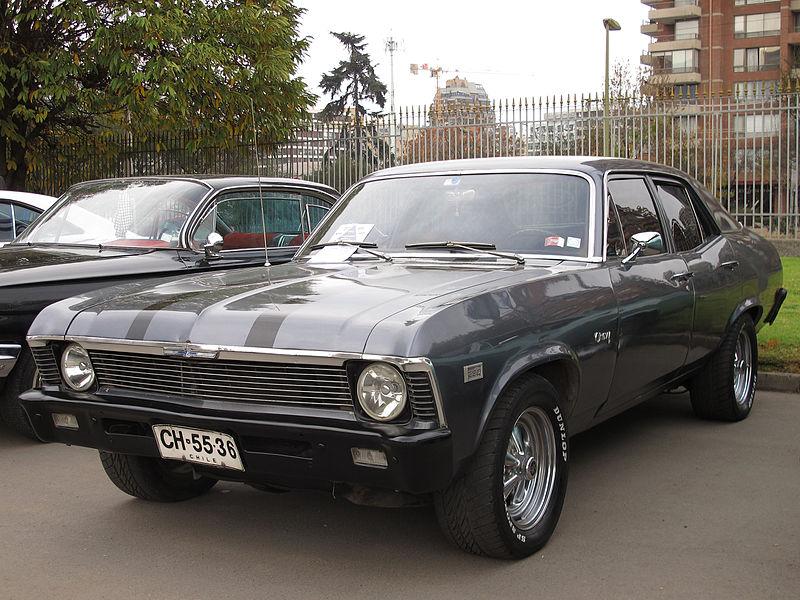 File:Chevrolet Nova 230 Sedan 1972 (18683582222).jpg