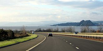 M8 motorway (Scotland) - M8 running alongside the Clyde