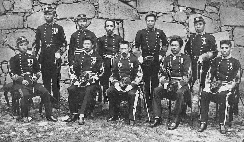 800px-Commanders_of_the_Kumamoto_garrison.jpg