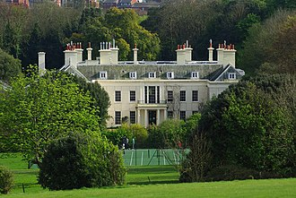 Compton Place - Image: Compton Place, Eastbourne (Geograph Image 1278100)