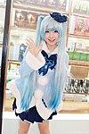 Cosplay of Hatsune Miku by Enako 20130201a.jpg