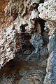 Cova Tallada, roques al camí d'entrada.JPG