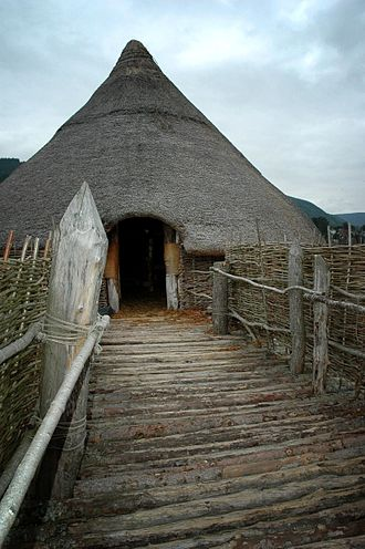 Crannog - Replica crannóg on Loch Tay