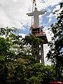 Cristo Salvador de Sertãozinho com 57 metros de altura. O pedestal tem 39 metros e a estátua mede 18 metros. É um dos maiores monumentos religiosos do mundo, contando o pedestal. O Cristo Redentor de - panoramio (1).jpg
