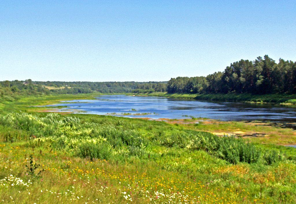 Méandre du fleuve Daugava en Lettonie. Photo de Uldis Osis.