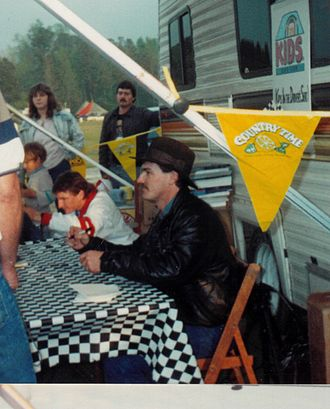 Davey Allison - Allison signing autographs