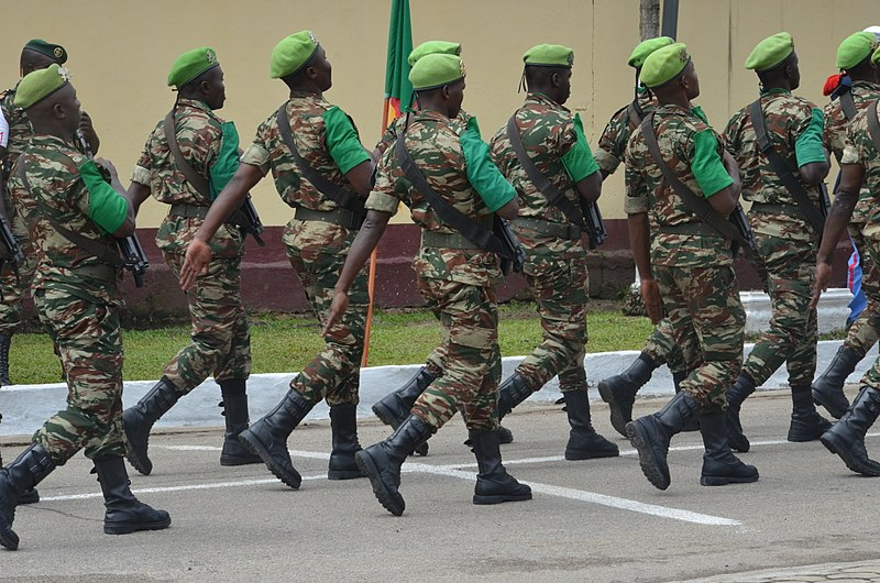 Defile militaire.jpg