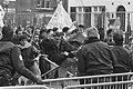 Demonstratie Koerden in Den Haag tegen gebruik gifgas botsing met politie, Bestanddeelnr 934-2174.jpg