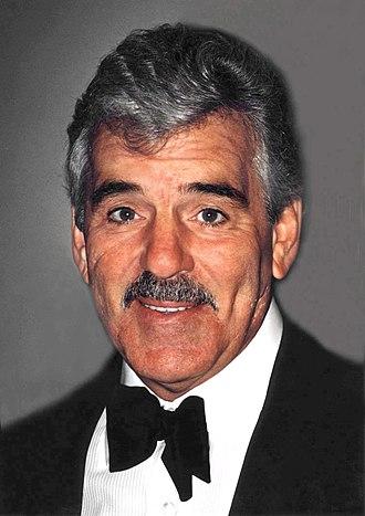 Dennis Farina - Farina in 2001
