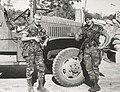 Deux légionnaires parachutistes armés de MAT 49 lors de la bataille de Kolwezi en 1978 devant un camion GMC.jpg