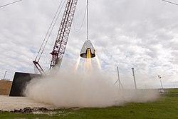 Dragon 2 hover test (24444570671)