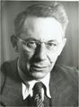 ETH-BIB-Reichstein, Thadeus (1897-1996)-Portrait-Portr 00222.tif