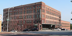 Eggerss-OFlyng bldg from NW 1.JPG