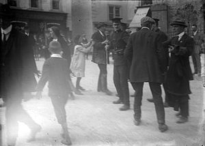 Irish general election, 1918 - Election campaigning on a busy Irish street, 1918