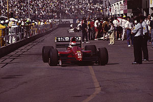 BMS Scuderia Italia - Emanuele Pirro driving BMS Scuderia Italia's Dallara-Judd at the 1991 United States Grand Prix