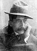 Enrique Labarta Pose