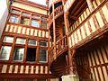 Escalier Hôtel du Lion Noir.jpg
