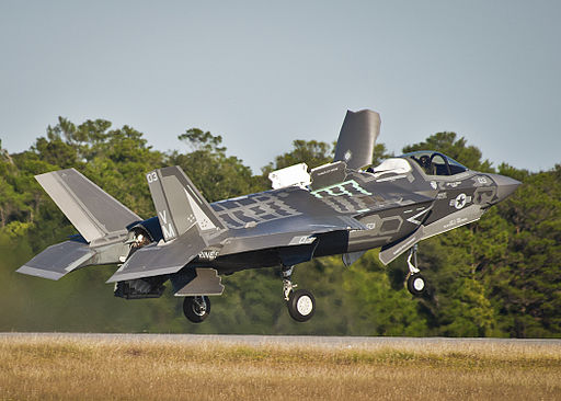 F-35B Lightning of VMFAT-501 takes off from Eglin AFB 2013