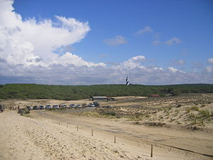 Contis - Contis' beach; the lighthouse in the background